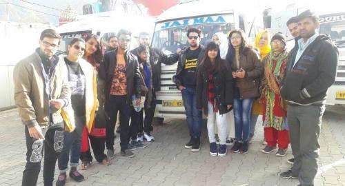 pathankot dharamshala taxi